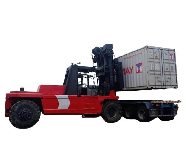 High capacity forklift - xe nâng trọng tải lớn