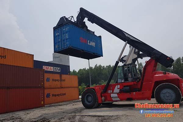 Xe nâng container Kalmar
